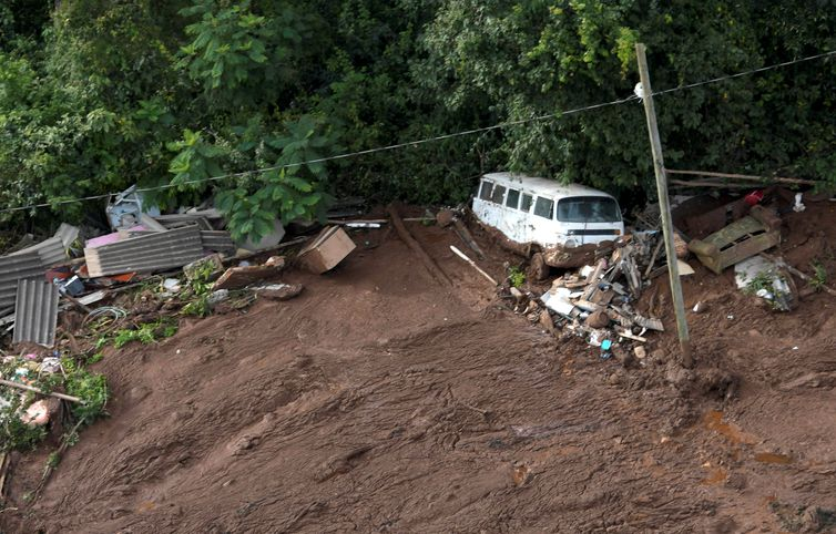 Barragem de rejeitos da mineradora Vale se rompe em Brumadinho, Minas GeraisREUTERS/Washington Alves/Direitos Reservados