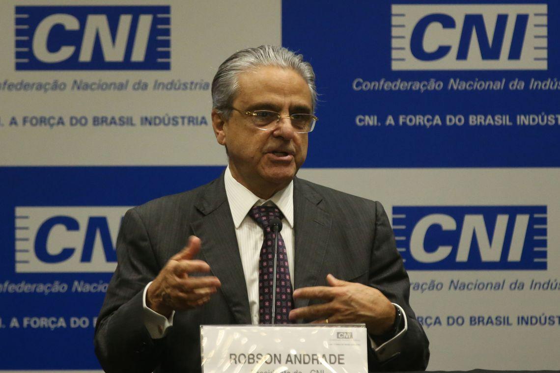 Brasília - O presidente da Confederação Nacional da Indústria (CNI), Robson Andrade, divulga o balanço do desempenho da indústria e da economia brasileira em 2017 e traça as previsões para 2018 (Antônio Cruz/ Agência Brasil)