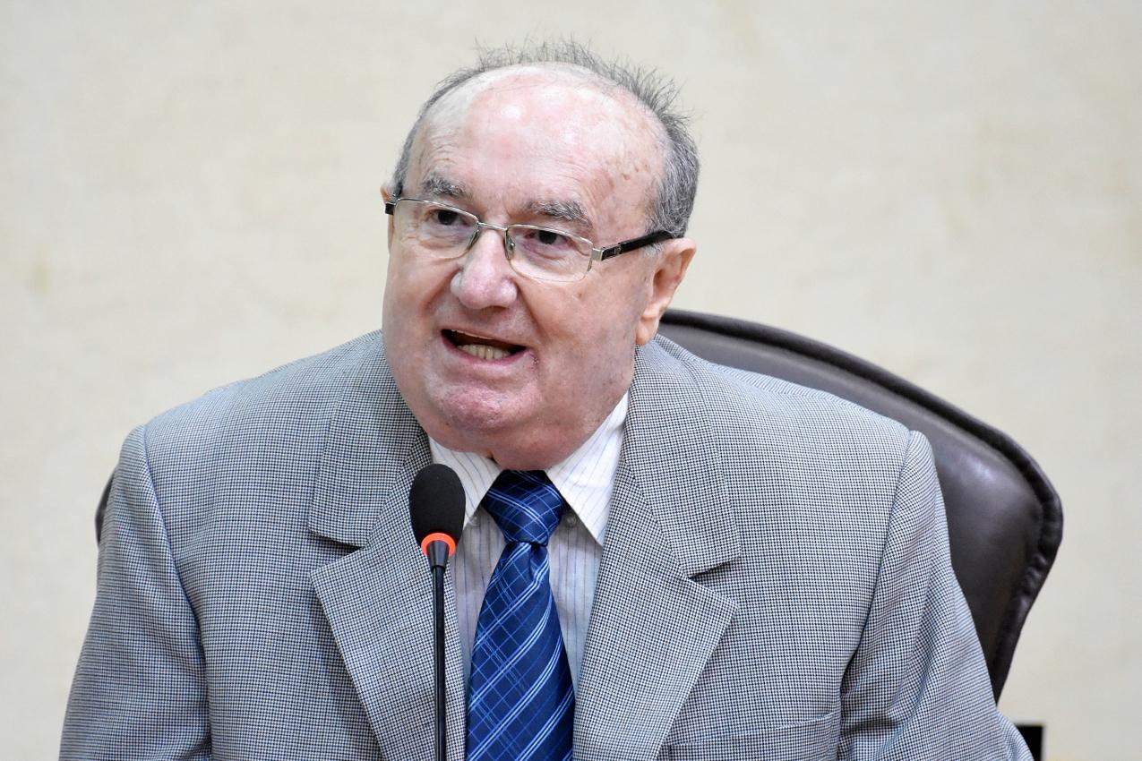 deputado José Dias