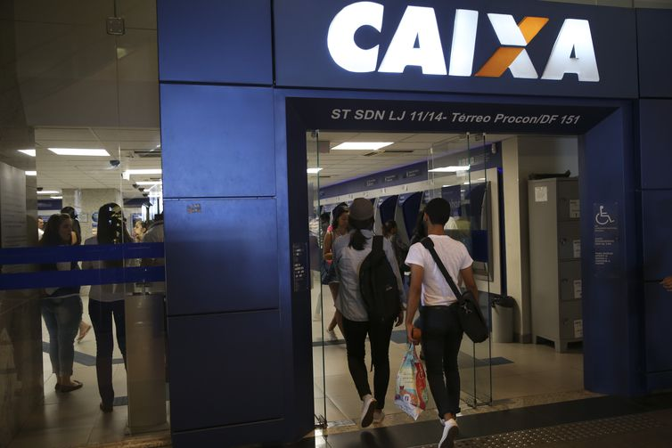Caixa tem hoje mais de 93 milhões de clientes e é responsável por 37% da poupança e 69% do mercado habitacional(Arquivo/José Cruz/Agência Brasil)