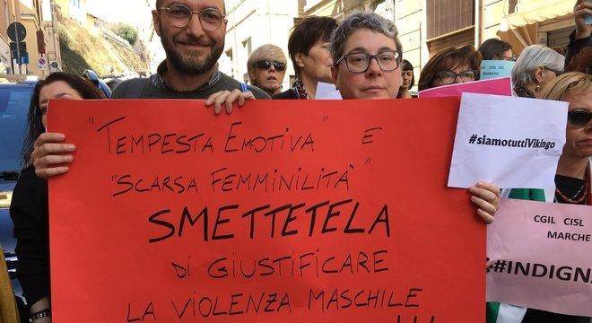 """Absolvição de acusados de estupro porque vítima era """"feia"""" gera polêmica/ Foto: Reprodução/Twitter @RebelNtwk"""