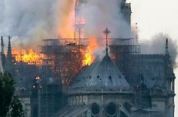 Doações para reconstruir catedral de Notre-Dame já ultrapassa R$ 2 bilhões