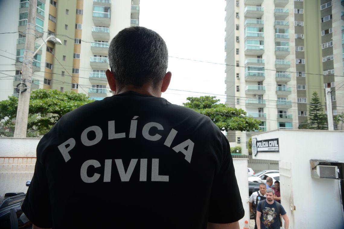 Polícia Civil faz operação para capturar foragidos da Justiça