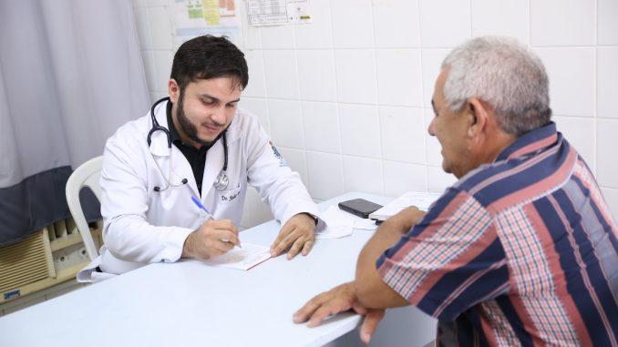 Inscrições para processo seletivo para contratação de 25 médicos clínicos e especialistas vão até 24 de maio
