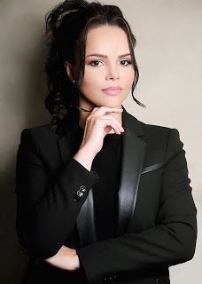Carol Fernandes poderá disputar prefeitura da Caraúbas