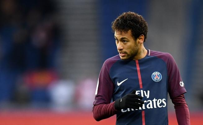 Neymar é punido com 3 jogos de suspensão na França por agressão a torcedor