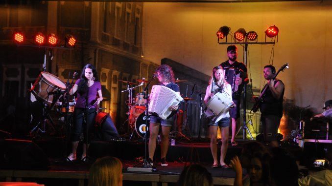 Grupo de mulheres sanfoneiras é destaque no Polo de Cultura Popular