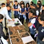 Oficina de Xilogravura é oferecida a estudantes da rede estadual de ensino