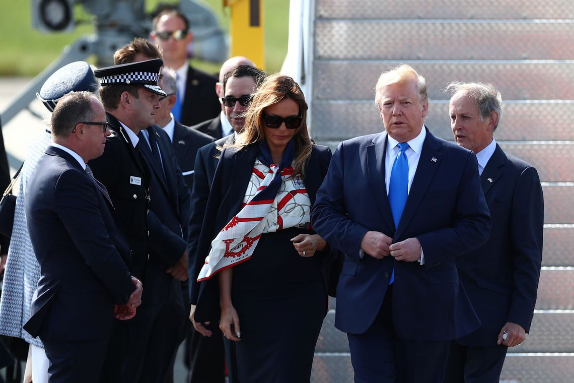 Discussões e protestos marcam 2º dia de visita de Trump ao Reuno Unido