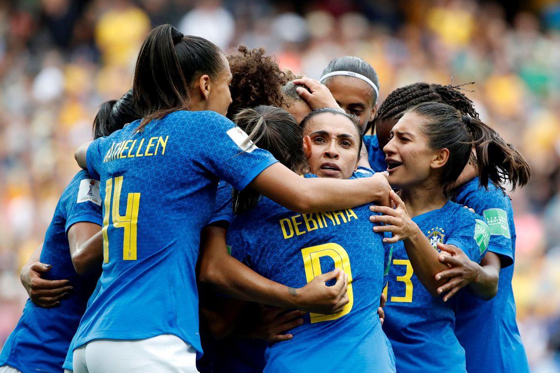 Tempo real: Brasil e Itália se enfrentam pela Copa do Mundo feminina