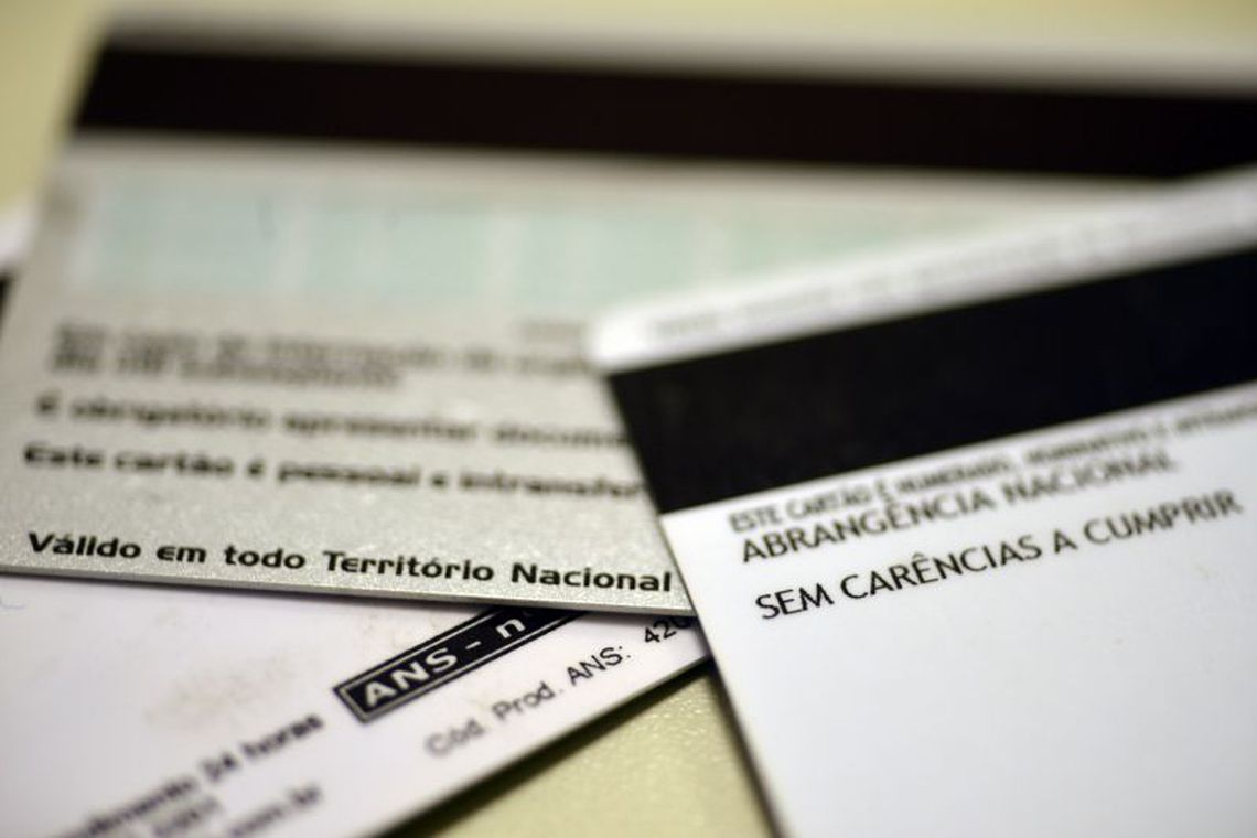 ANS suspende venda de 51 planos de saúde de 11 operadoras