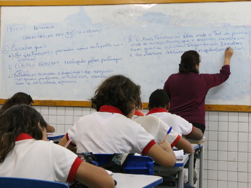 Governo do RN convoca 456 professores temporários