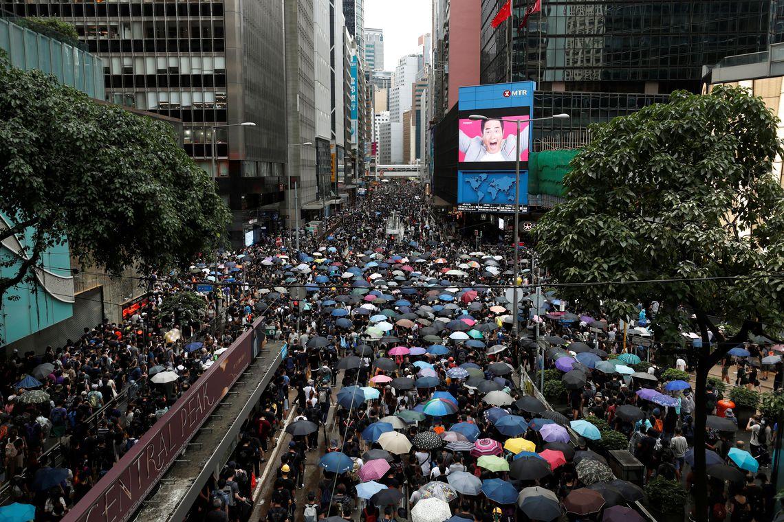 2019-08-31t082729z_872003870_rc1315820310_rtrmadp_3_hongkong-protests (1)