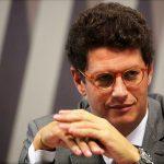 Ministério Público investiga ministro do Meio Ambiente por enriquecimento ilícito