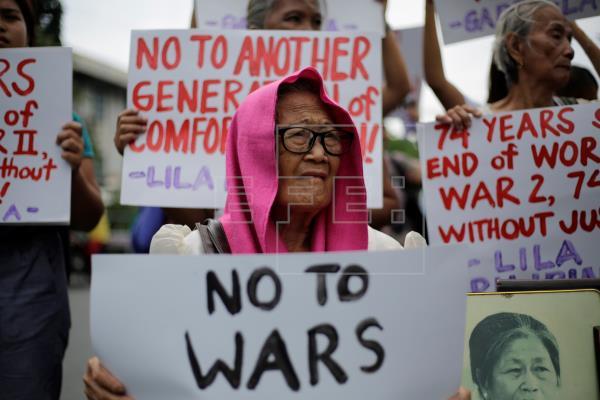 """Famílias de """"mulheres de conforto"""" filipinas exigem perdão do Japão"""