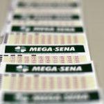 Mega-Sena acumula e deve pagar R$ 32 milhões na terça-feira