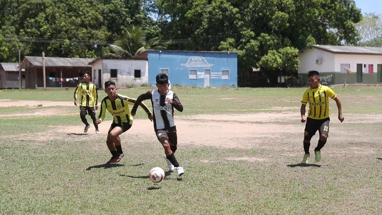 """""""Champions League da Amazônia"""" propaga esperança em meio a incêndios"""