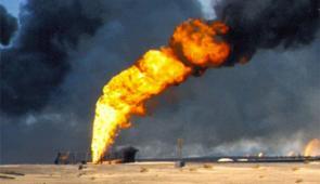 Ataques reduzem pela metade produção de petróleo na Arábia Saudita