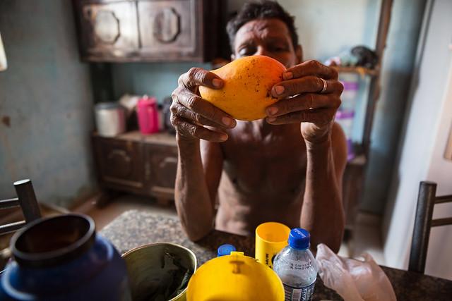 """Relatório """"Frutas doces, vidas amargas"""" mostra vulnerabilidade de trabalhadores rurais na produção de melão, uva e manga no Nordeste do país / Foto: Tatiana Cardeal/Oxfam"""