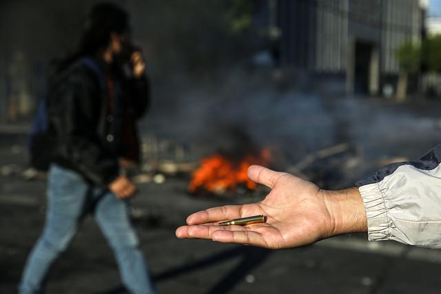 Segundo autoridades, cerca de 1.500 pessoas foram detidas durante maior distúrbio desde o fim da ditadura / Javier Torres/AFP