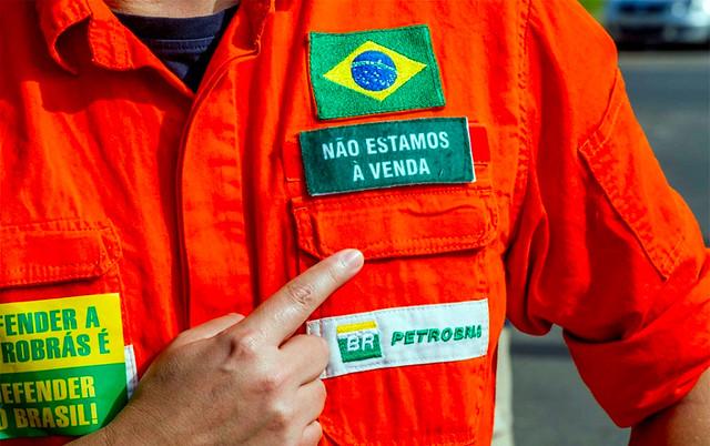 Petroleiros esperam por proposta e voltam a falar em greve nacional para o dia 26