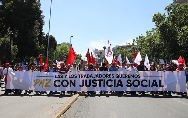 Segundo o parlamento, o projeto, de autoria da deputada Camila Vallejo Dowling, voltará à Comissão de Trabalho para análise de ajustes / Foto: CUT/Chile