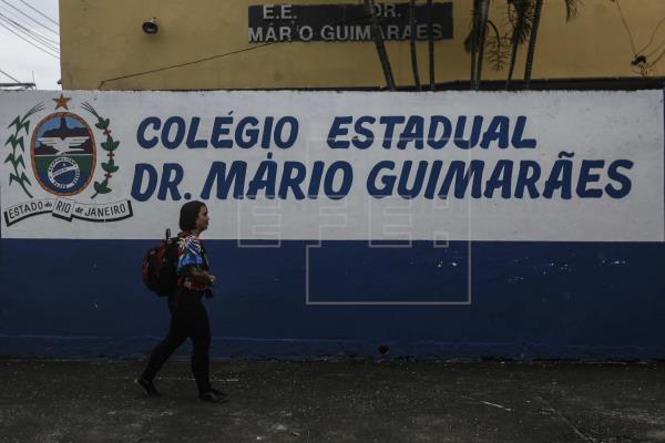 A odisseia de ser professor no Rio de Janeiro
