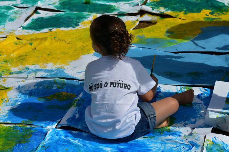 Os pesquisadores vão colher dados sobre a saúde nutricional de crianças até 5 anos de idade -Wilson Dias/Agência Brasil
