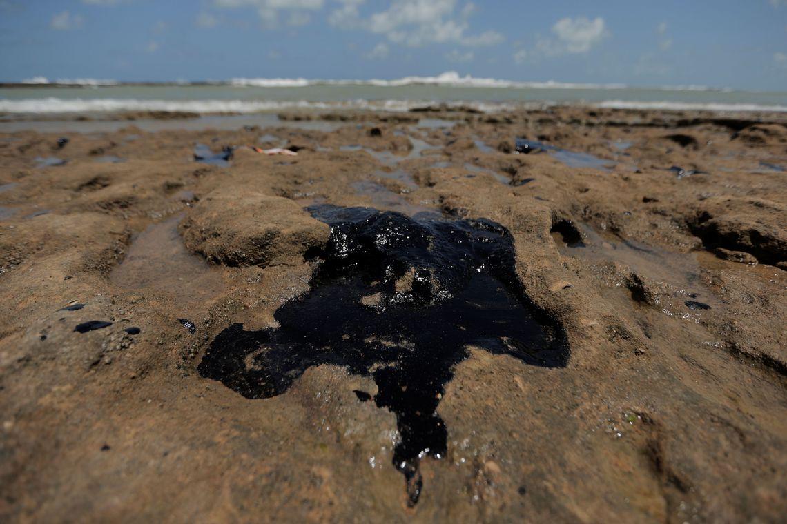 Monitoramento continuo contribui para investigar vazamento de óleo