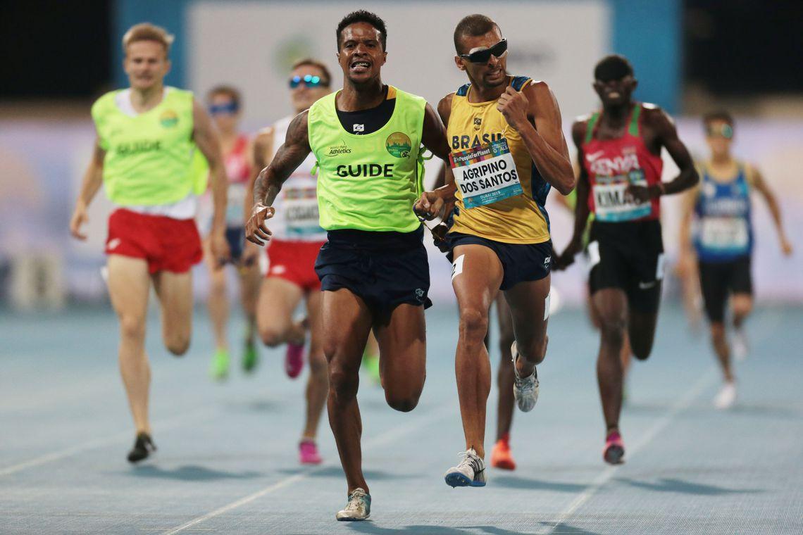 Brasil garante mais um ouro e prata no Atletismo Paralímpico de Dubai
