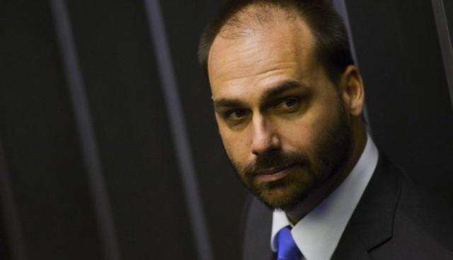 Oposição apresenta notícia-crime no STF contra apologia ao AI-5 de