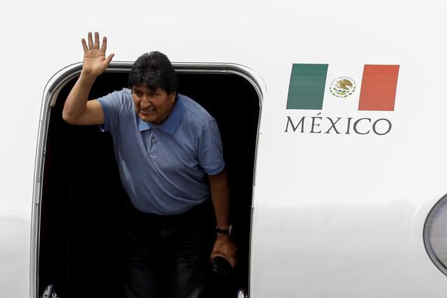 """""""Se eu tenho algum pecado é ser indígena"""", afirma Evo Morales ao chegar no México"""