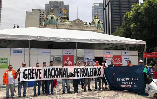 Petroleiros se mobilizaram para doar sangue / Divulgação/FUP