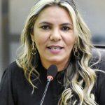 DIVULGAÇÃO E GARANTIA DE DIREITOS DA MULHER PAUTAM PROJETOS DE EUDIANE MACEDO
