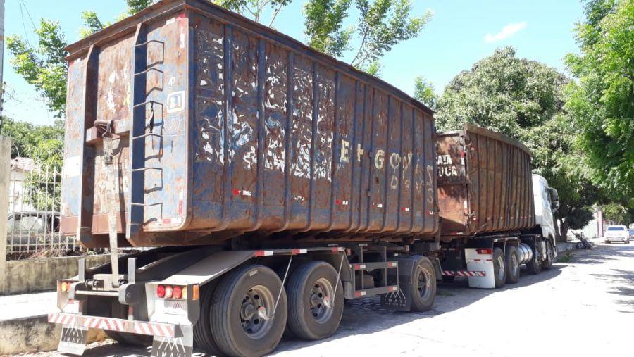 """Policiais conseguiram apreender uma carga de metais, """"sucata"""", que estava com nota fiscal falsa. Foto: Polícia Civil/Divulgação"""