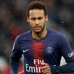 Justiça multa Neymar por irregularidades financeiras