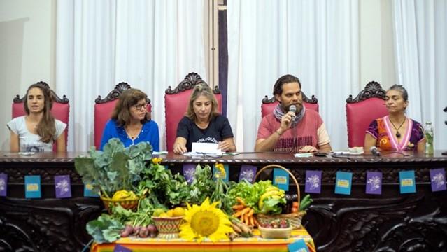 Audiência no Paraná debate leis para tornar cidades livres de agrotóxicos