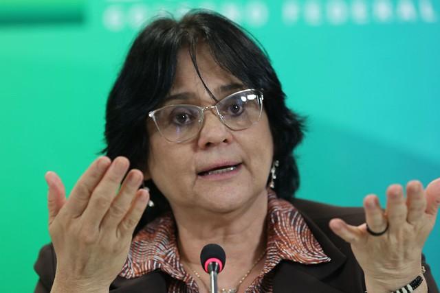 Abstinência como indicação contraceptiva não é defendida por órgãos internacionais, que recomendam a educação sexual / Foto: Fábio Pozzebom/Agência Brasil