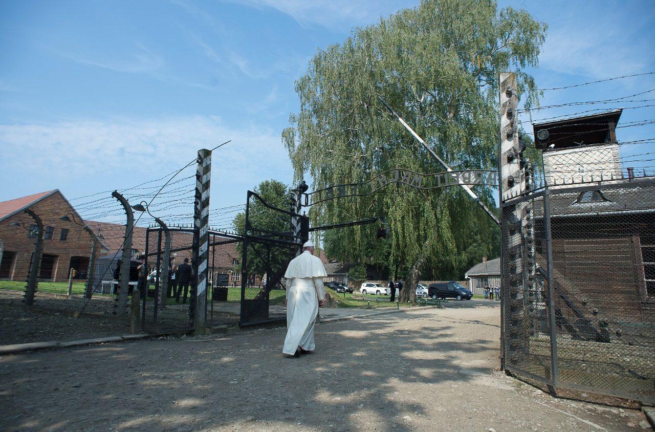 Visita do Papa a Auschwitz (imagem de arquivo)