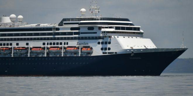 Panamá vai deixar passar por seu canal cruzeiro afetado por coronavírus