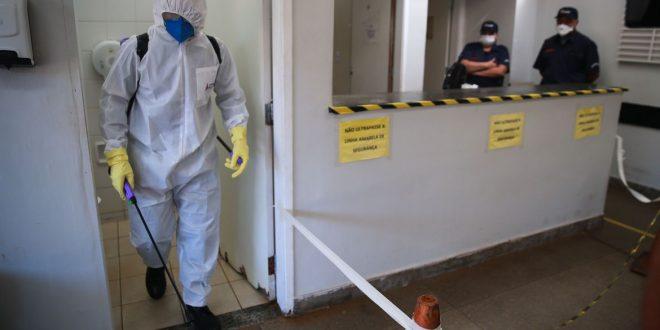 Covid-19: Brasil tem 553 mortes e 12 mil casos confirmados