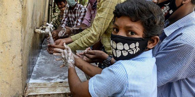 Escassez de água afeta 600 milhões de indianos e dificulta prevenção ao coronavírus