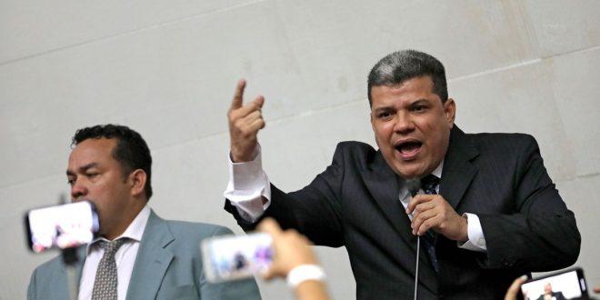 TSJ da Venezuela reconhece aliado de Maduro presidente do Parlamento
