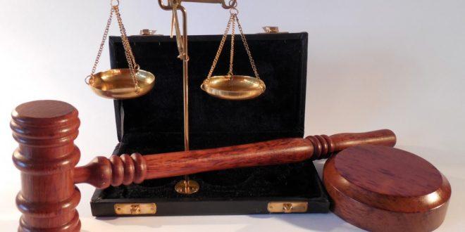 """""""Sentença diz que réu é criminoso """"em razão da sua raça""""; juíza se defende"""""""